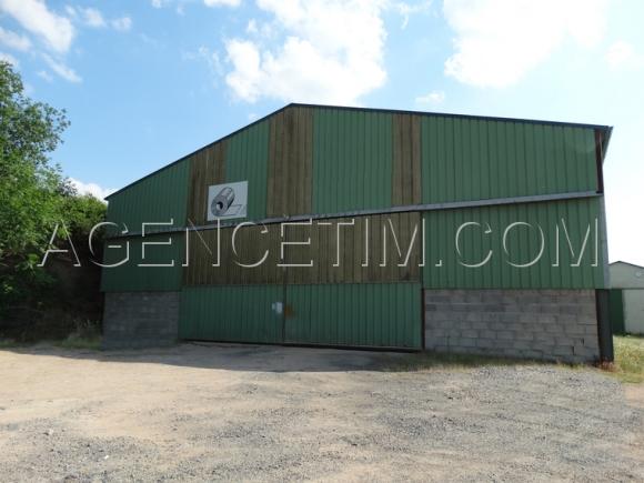Agence TIM immobilier - à louer - PIERRECLOS - local industriel