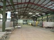 A Vendre PIERRECLOS, local industriel